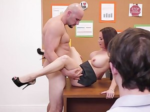 Diamond Foxxx spreads toes for cock while at the office