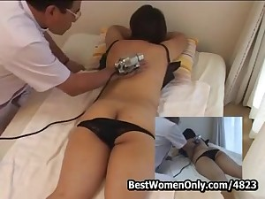 La-de-da Japanese Masseur Visit Unreserved Home Spycam Part1