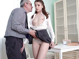Shy looking lawcourt horny AF gal lures dude to be analfucked darn smashing