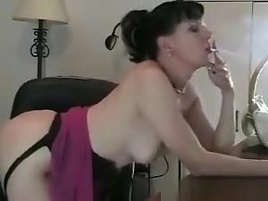 Hot Booty Ill-lighted Slut Wanking The brush Tiny