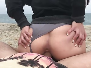 Pussy be expeditious for young girl is creampied on PUBLIC BEACH