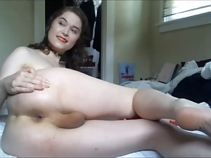Attractive Teen Trannie Dildoing The brush Ass Coupled with Masturbates