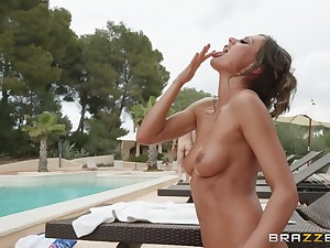 outside sex increased by a blowjob are fantasies of horny increased by oiled Tina Kay