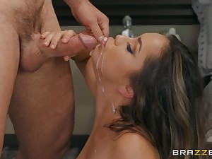 facial and cum in mouth are things that Alina Lopez likes so importantly
