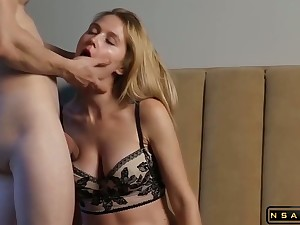 Real Sexual Chemistry Amateur Swell up Fuck not far from Hot Creampie