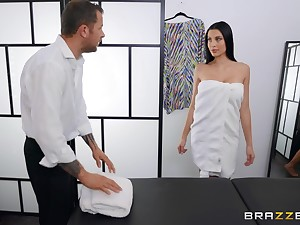 Erotic massage leads ti inane fucking on the bed prevalent Azul Hermosa