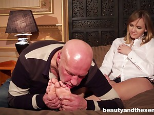 Naughty venerable boss makes his secretary Lucette On target have sex down him