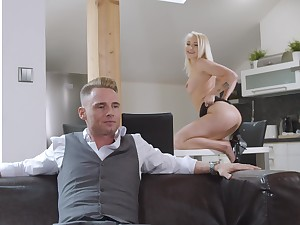 Blonde Marilyn Sugar is an all-American girl who loves in all directions fuck hard