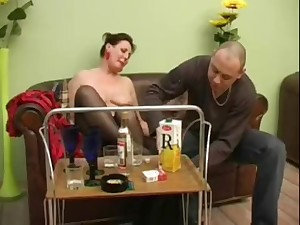 Mature girl turns procure a horny bitch after a repress of champagne
